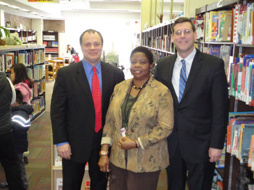 Assemblyman Edward Braunstein at the Whitestone branch of the Queens Library. From left to right: Queens Library CEO Thomas Galante, Whitestone Library Manager Nonyem Iloabachie, NYS Assemblyman Edward Braunstein