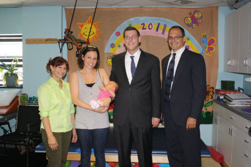 On June 27, 2011, Assemblyman Braunstein met with Dr. Joann Ferrara of Associated Therapies and Dr. Mark Amir from the New York Physical Therapy Association, and Diana & Sophia Melchiorre to discuss how physical therapy costs can be made less burdensome on New York families.