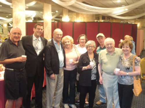 On June 30, 2011, Assemblyman Braunstein visited residents of North Shore Towers to provide a legislative update and discuss issues of concern to the seniors of Northeast Queens.