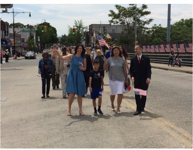On May 28, 2017, Assemblyman Barnwell joined Congresswoman Grace Meng and Councilwoman Elizabeth Crowley to march in the Maspeth Memorial Day Parade.<br />