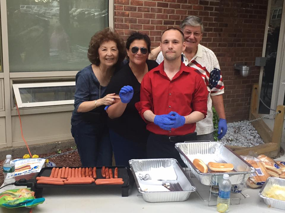 On July 6th, Assemblyman Barnwell joined members of the Big 6 community for a BBQ.<br />