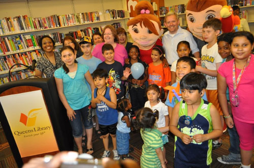 Assemblywoman Nolan and City Councilmember Jimmy Van Bramer joined local children at the Long Island City Library to celebrate its 3rd Anniversary.