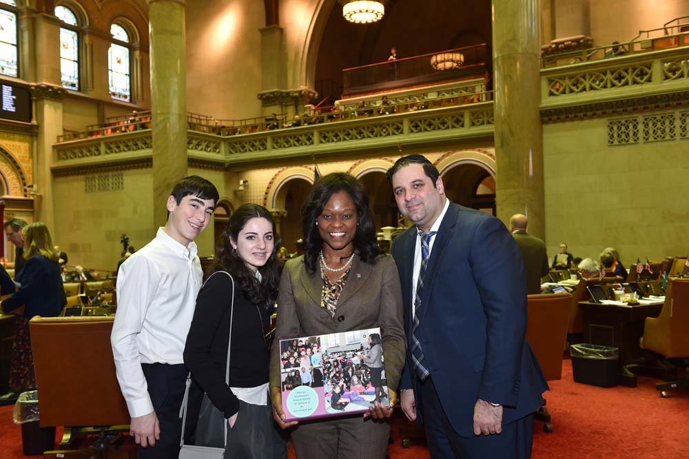 Assemblymember Bichotte welcomes members of the Jewish Community Council of Marine Park to the Assembly Chamber. The JCC is a provider of social services as well as 15 other services and features one of the largest youth programs in Brooklyn.