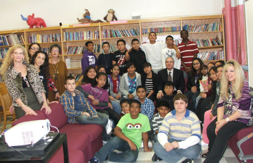 PS 238�s students and faculty with Assemblyman Cymbrowitz in the school�s library during a visit to the school.