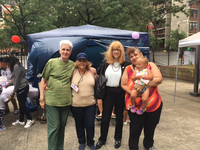 Assemblymember Linda B. Rosenthal attends Harborview's annual Family Day with (l-r) Harborview Terrace Tenant Vice President Melba Oritz, Amsterdam Houses Tenant President Margarita Curet and Har