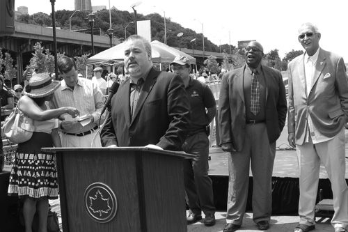 O�Donnell attends ribbon cutting of Harlem Piers Park at 132nd Street along the Hudson River with Community Board 9 Chair Patricia Jones, Deputy Mayor Robert Lieber, Parks Commissioner Adrian Benepe, District Leader Martin Smith, Assembly Member Denny Farrell.