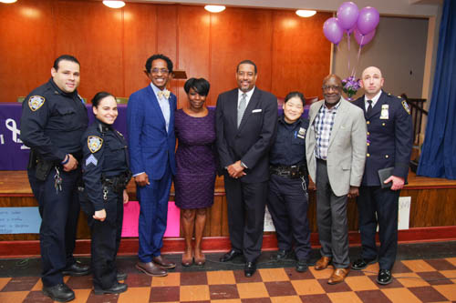 Assemblymember Al Taylor partnered with Assemblymember Inez Dickens to sponsor W.A.R.M.'s (We All Really Matter) 8th Annual Domestic Violence Awareness forum on October 25, 2018.