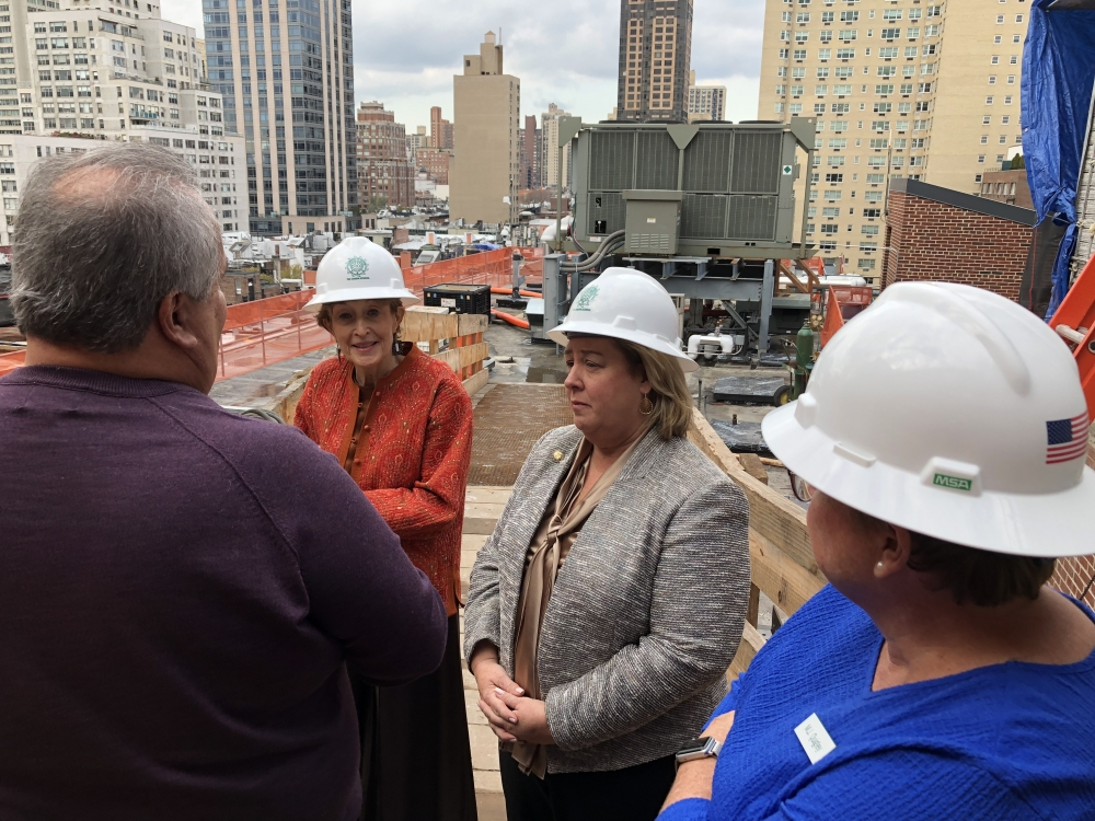 Seawright visits the Chapin Construction Site. Seawright addressed concerns raised by constituents about work hours and the use of a tower crane in our neighborhood. <br />