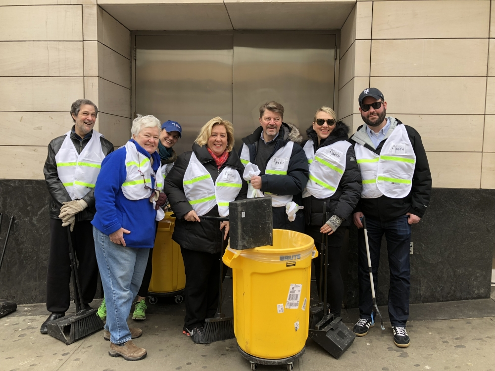 Association President Elaine Walsh and Seawright picking up trash on East 86th Street.  Learn more about the Association's clean team here.  Not only does this effort bring awareness to our sanitation plight, it also acts to engage local citizens and businesses to do their part. Care seems to be contagious!<br />