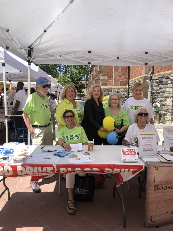 Assembly Member Seawright and Congresswoman Carolyn Maloney with blood drive organizers.