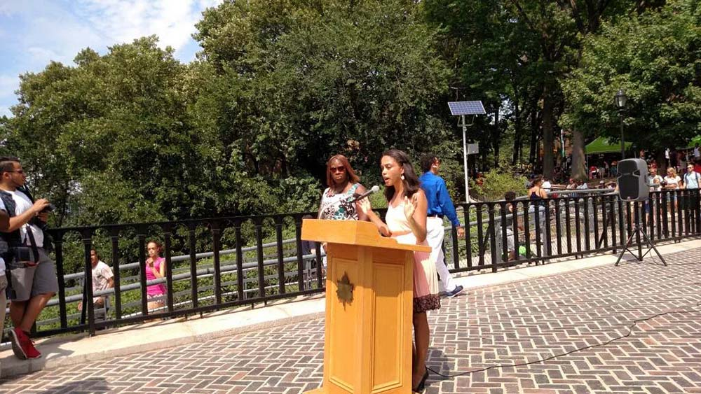 Assemblywoman Latoya Joyner joined NYC Parks and fellow elected officials � in the Bronx and Manhattan � to kick off the High Bridge Festival.