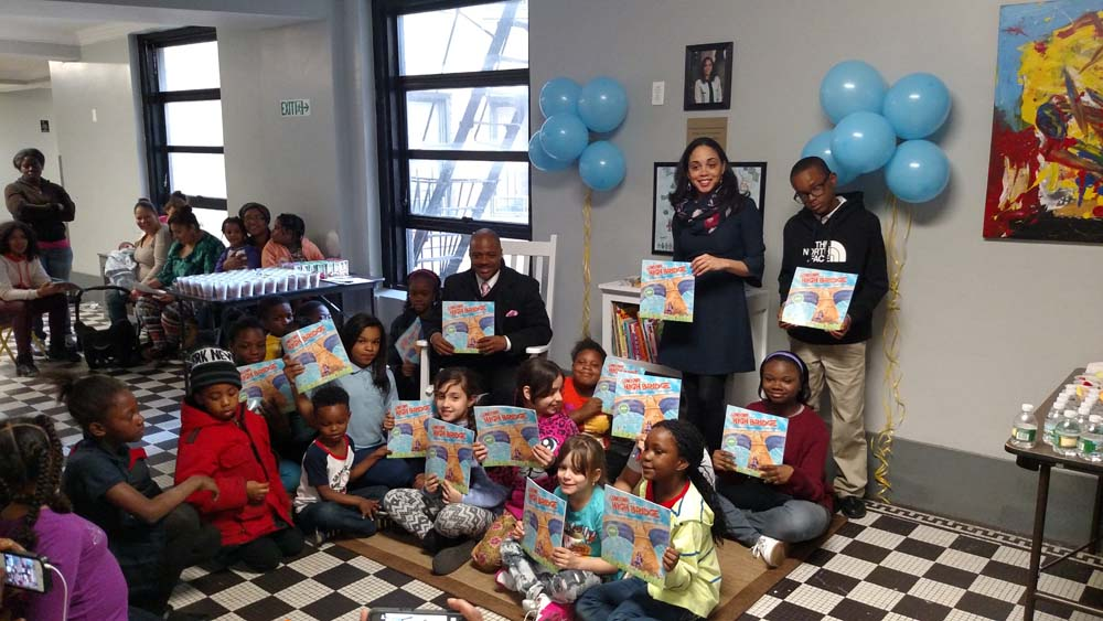 Assemblywoman Latoya Joyner joins Bridge Builders Community Partnership and the Bridge Haven Family Shelter, a Samaritan Village transitional residence, to launch a new Family Literacy Program and lit