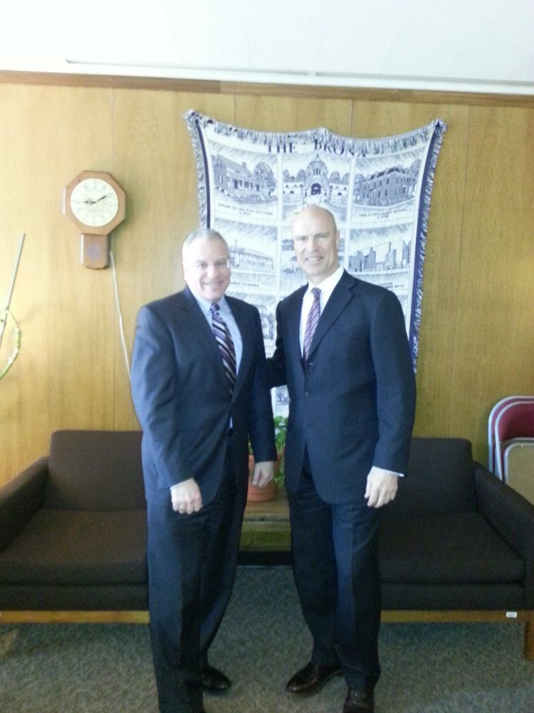 Assemblyman Jeffrey Dinowitz was joined in Albany by former New York Ranger great Mark Messier, who traveled to Albany to discuss the Kingsbridge National Ice Center. Messier is the CEO of the KNIC project.