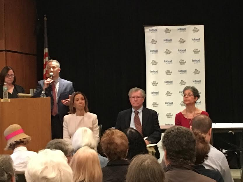 Assemblywoman Amy Paulin participated in a debate about Aid in Dying legislation she authored. The Journal News hosted the debate at The Scarsdale Library.