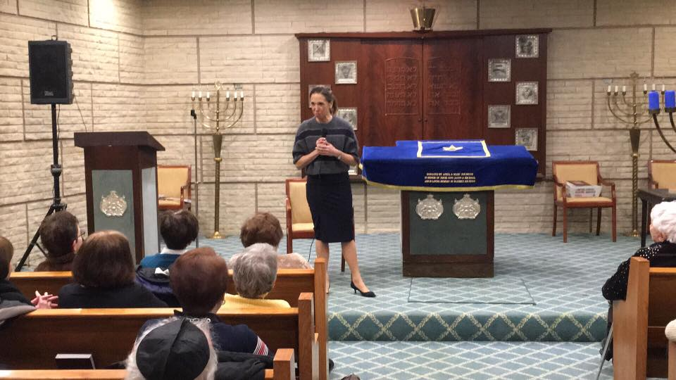 Assemblywoman Amy Paulin spoke to the seniors and delivered holiday cookies at Temple Beth-El in New Rochelle.