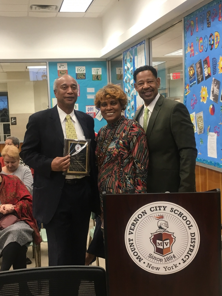 Mount Vernon City School District Awarded Assembly member Pretlow for his dedication to help propel the Mount Vernon City School District forward; this award cast a spotlight to people that have a pos