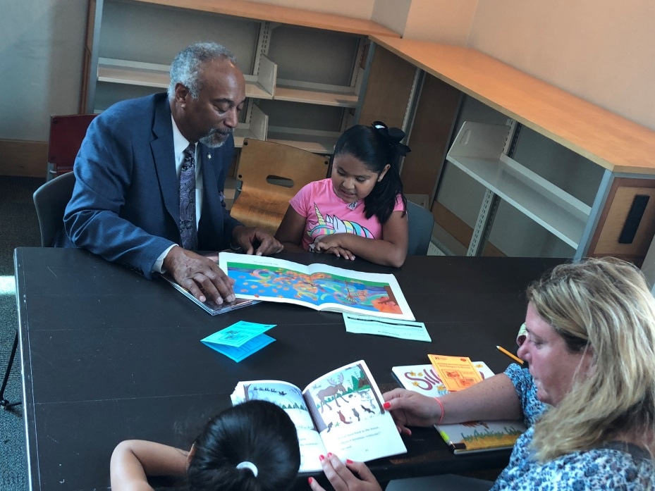 Assemblyman J. Gary Pretlow joined Yonkers Riverfront Library as a guest reader to help encourage children to read in his district.