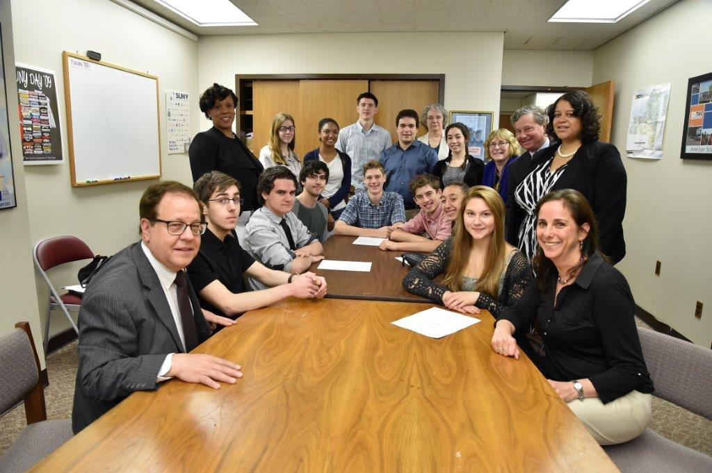 Assemblyman Abinanti, Chair of the Libraries, Education Technology Committee, with committee members and Sleepy Hollow High School Social Studies teachers and AP Government class students.