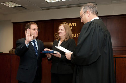 January 2011 - Abinanti being sworn in by Supreme Court Judge Lester Adler while his wife Janet holds the bible.