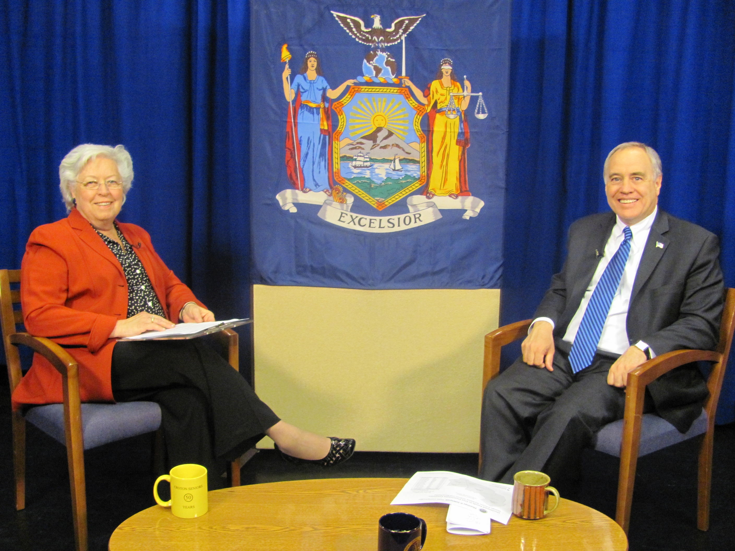 "Sandy discusses unclaimed funds with New York State Comptroller, Thomas DiNapoli on her TV show ""Speak Out."