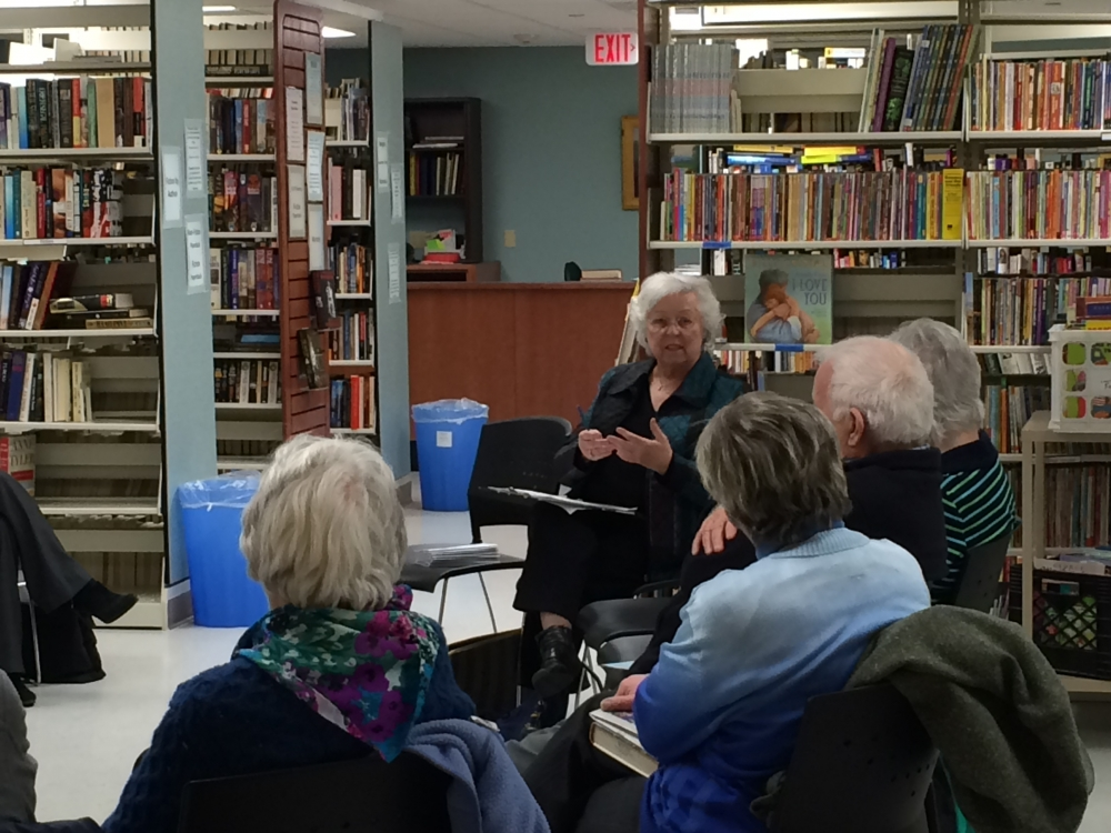 Sandy holds town meetings annually, often in libraries throughout her district. In 2015, she held one in the Kent Library.<br />