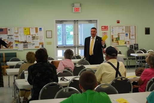 Assemblyman Brabenec explains the Yellow Dot program to local seniors.