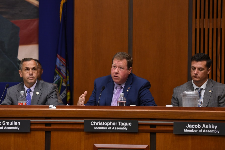 Assemblyman Chris Tague (R,C,I,Ref-Schoharie) speaking at a rural broadband hearing in Albany on September 17.