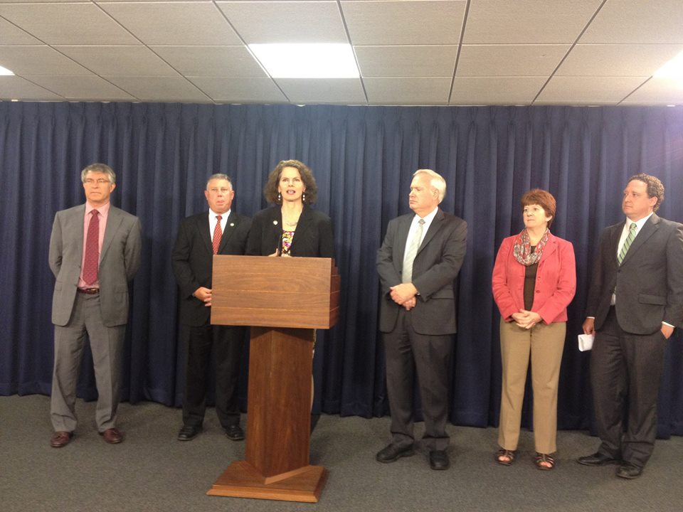 Assemblymember Fahy joined Assemblymember McDonald, Assemblymember Steck, and Senator Avella, along with local leaders and environmental advocacy organizations to promote the Petroleum Storage Surety bill.