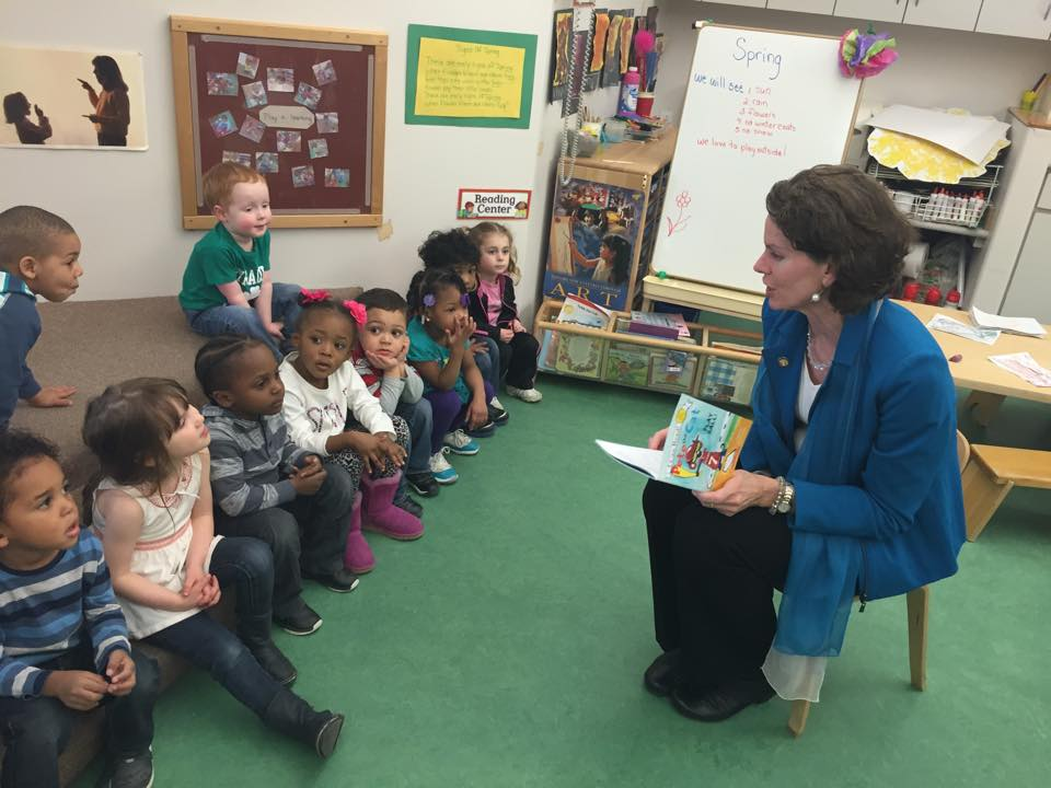 "Assemblymember Fahy reads to children to celebrate The Week of the Young Child ""Our Family Reads"" day at Club Fed daycare at the Leo O'Brien Federal Building in Albany."
