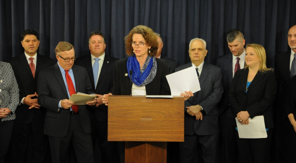 Assemblymember Fahy was joined by Senator John DeFrancisco, county officials, and fellow legislators in announcing legislation that will address funding of indigent legal services (ILS) by the State of New York. This legislation would require the state to reimburse counties for providing indigent legal service and eliminate the geographic disparity that prevents New Yorkers from receiving effective representation.