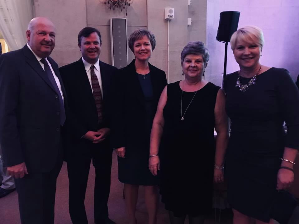 I was able to stop by the Center for Economic Growth's 30th anniversary celebration last night at the Hall of Springs. CEG has been instrumental in helping attract new businesses to our area and