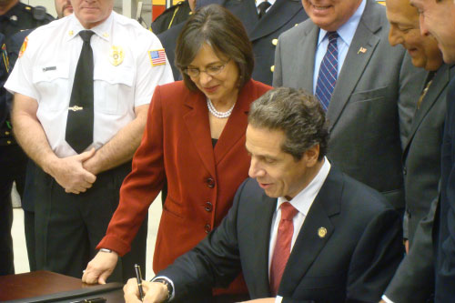 December 9, 2011 � Governor Cuomo signed Flood Relief legislation authored by Assemblywoman Donna Lupardo into law to help the Southern Tier and communities affected by flooding throughout the state.