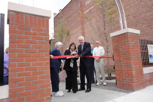 October 18, 2011 � Assemblywoman Donna Lupardo cuts the ribbon at the Grand Opening of the South Side Commons in Binghamton, which she helped secure funding for.