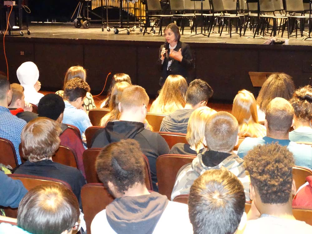 April 7, 2016 – Assemblywoman Lupardo speaks with Johnson City Government students during a visit to the high school.