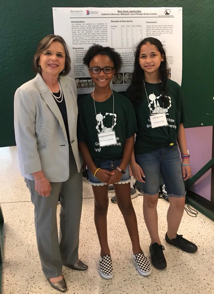 Assemblywoman Lupardo with students at the Binghamton University Go Green Institute.