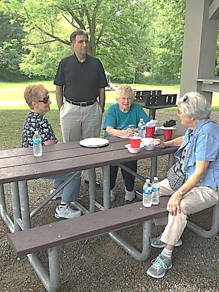 Assemblyman Magnarelli attended the Central New York Retired Public Employees picnic at Longbranch Park.<br /> <br />