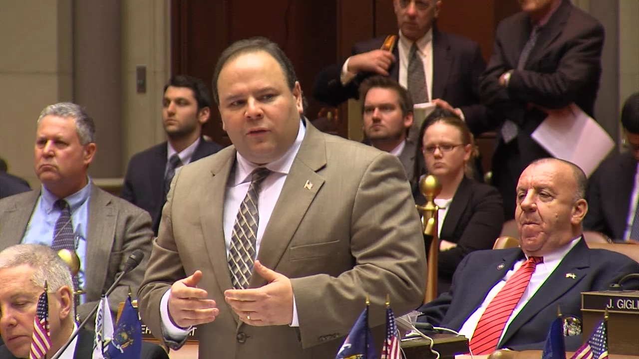 Palmesano Stands Up for Teachers