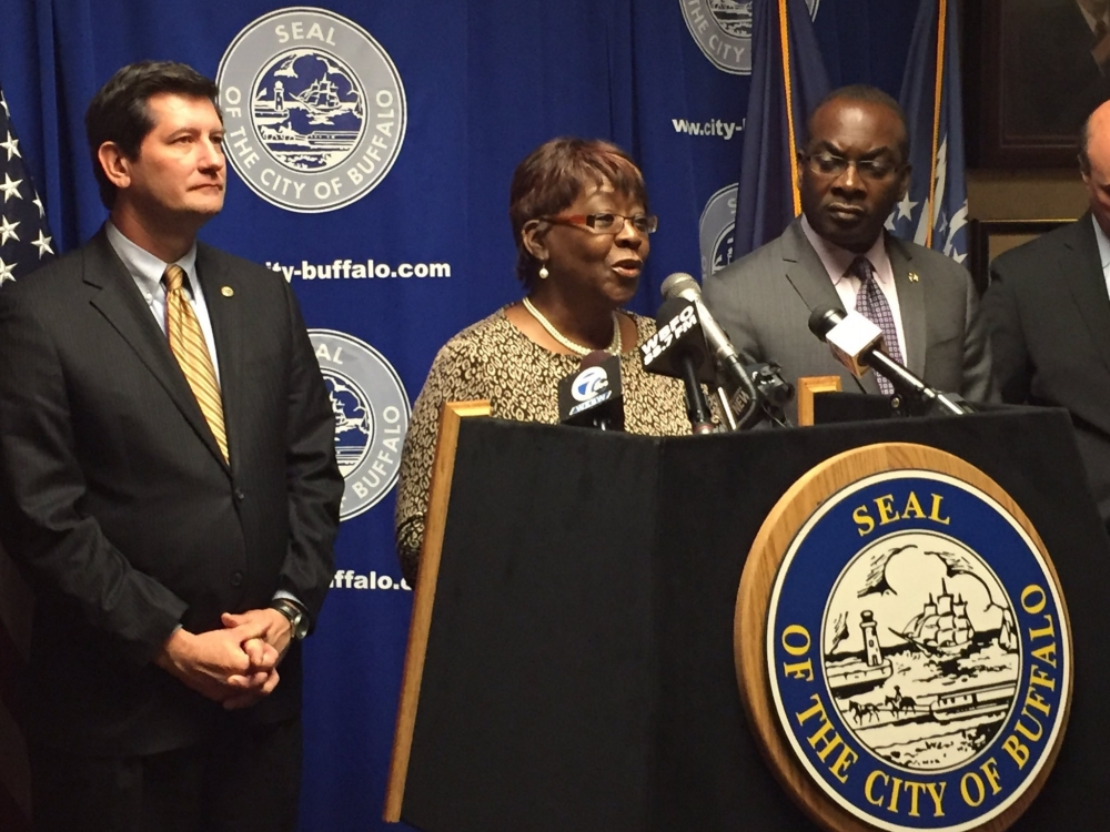 December 02, 2016 – Assemblywoman Peoples-Stokes joined Buffalo Mayor Byron Brown, Erie County Executive Mark Poloncarz, New York State Senator Tim Kennedy, United Way of Buffalo and Erie County (UWBE