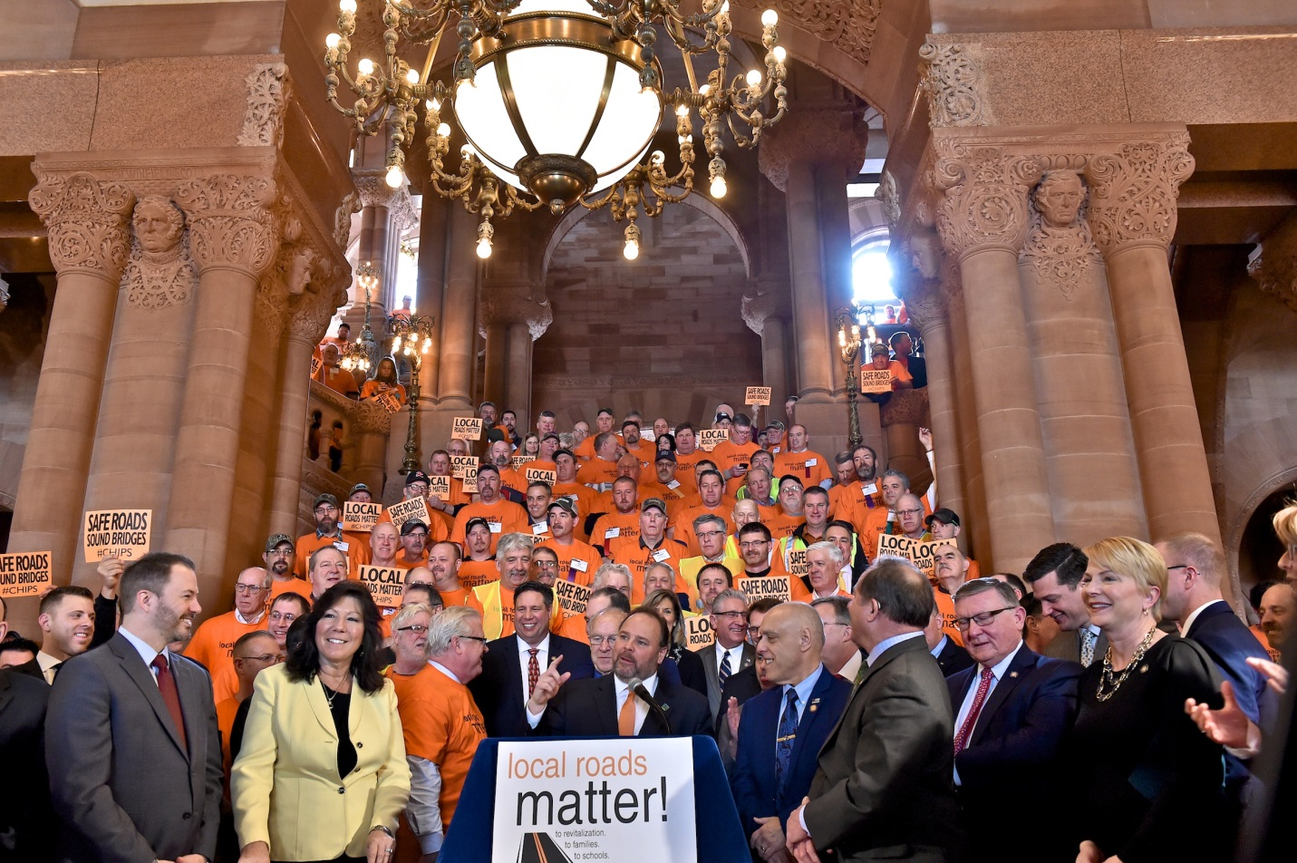 Assemblyman Brian Manktelow (R,C,I,Ref-Lyons) joined his Assembly and Senate colleagues along with hundreds of local highway workers, advocacy group representatives and local government officials for a rally calling for an increase to CHIPS funding on Wed